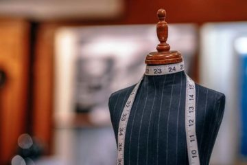 Problems faced by Fashion Industry and How Technology Helps in Resolving Them